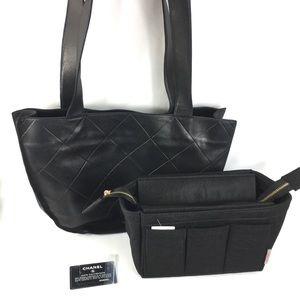 💎ADORABLE💎 quilted Chanel soft zipper tote